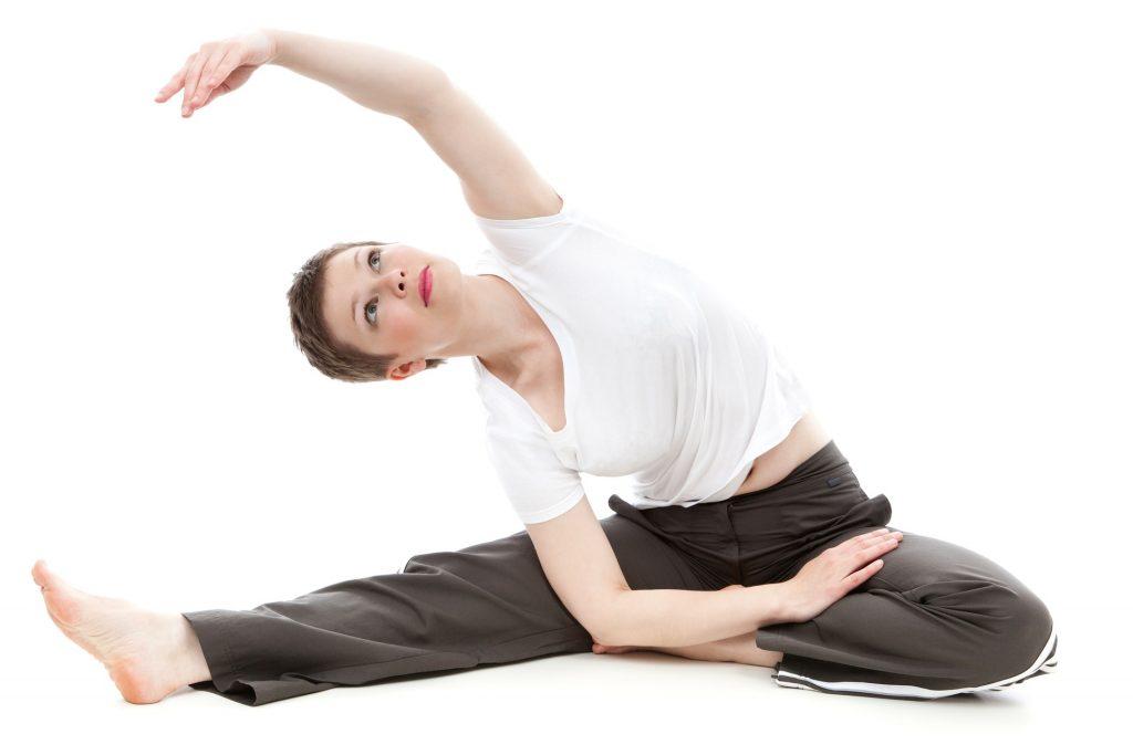 Sporta ārsts iesaka veikt muguras vingrojumus laicīgi, lai izvairītos no muguras traumām vēlāk.